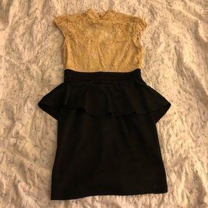 Beautiful Modcloth dress - size M - never worn